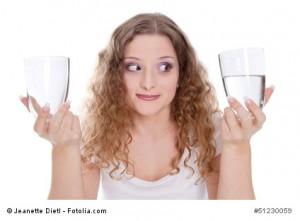 Optimistische junge Frau